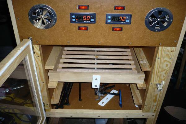 brutmaschine. Black Bedroom Furniture Sets. Home Design Ideas